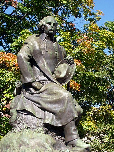 450px-Nathaniel_Hawthorne_statue_-_Salem,_Massachusetts